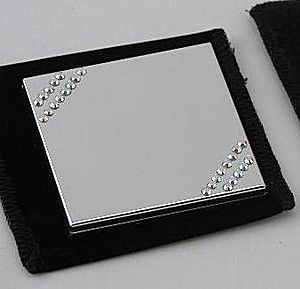 Compact mirror CG03396 - Engravable mirror with diagonal Crystal pattern.